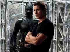 'The Dark Knight Rises' Review: Muddled Politics, Storytelling